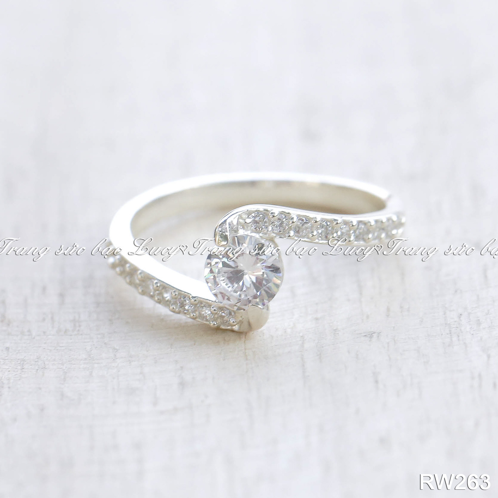 nhẫn nữ bạc lucy - rw263