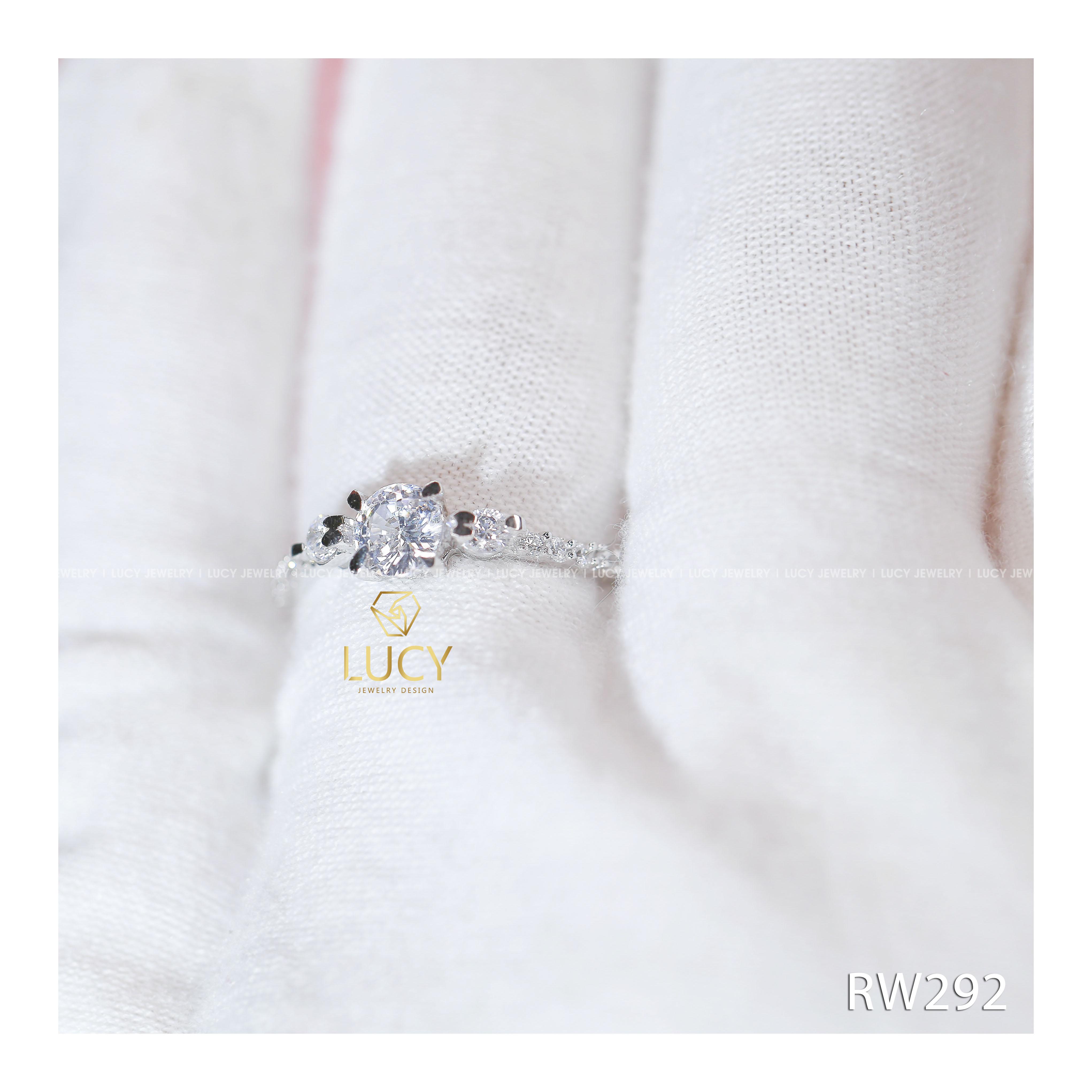 Nhẫn nữ đá nhỏ phong cách nữ tính, ngọt ngào, bạc LUCY - RW292