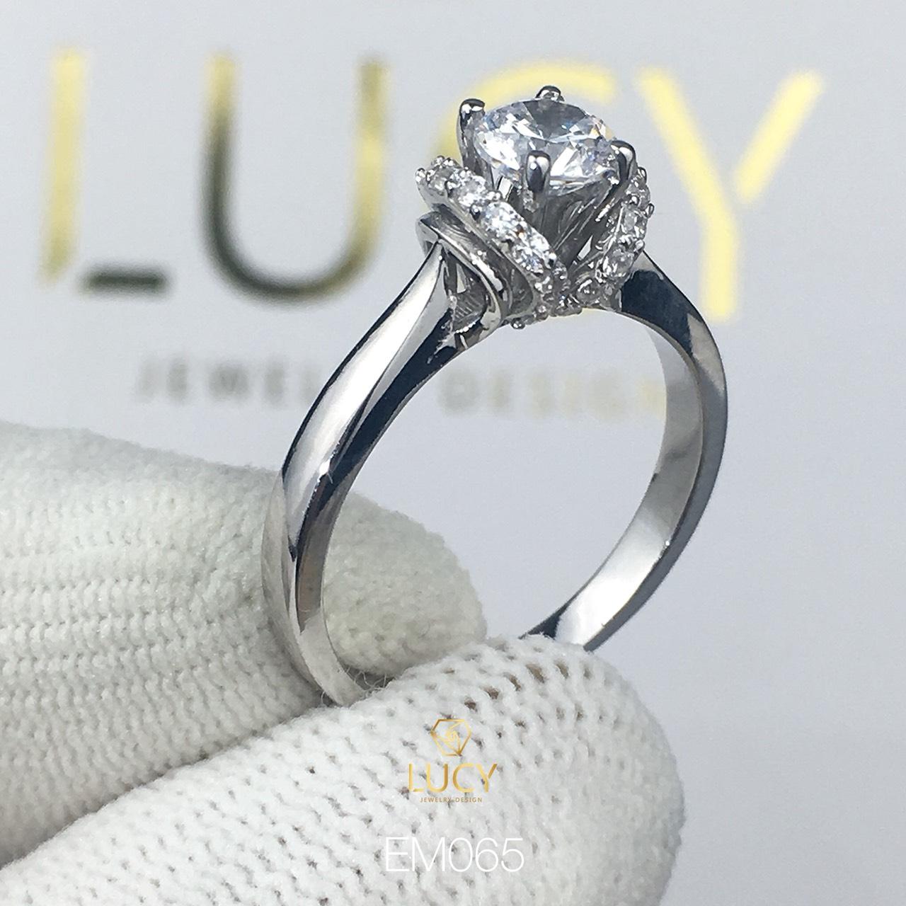 EM065 Nhẫn nữ vàng, nhẫn ổ kim cương 4.5mm, nhẫn nữ thiết kế, nhẫn cầu hôn, nhẫn đính hôn - Lucy Jewelry