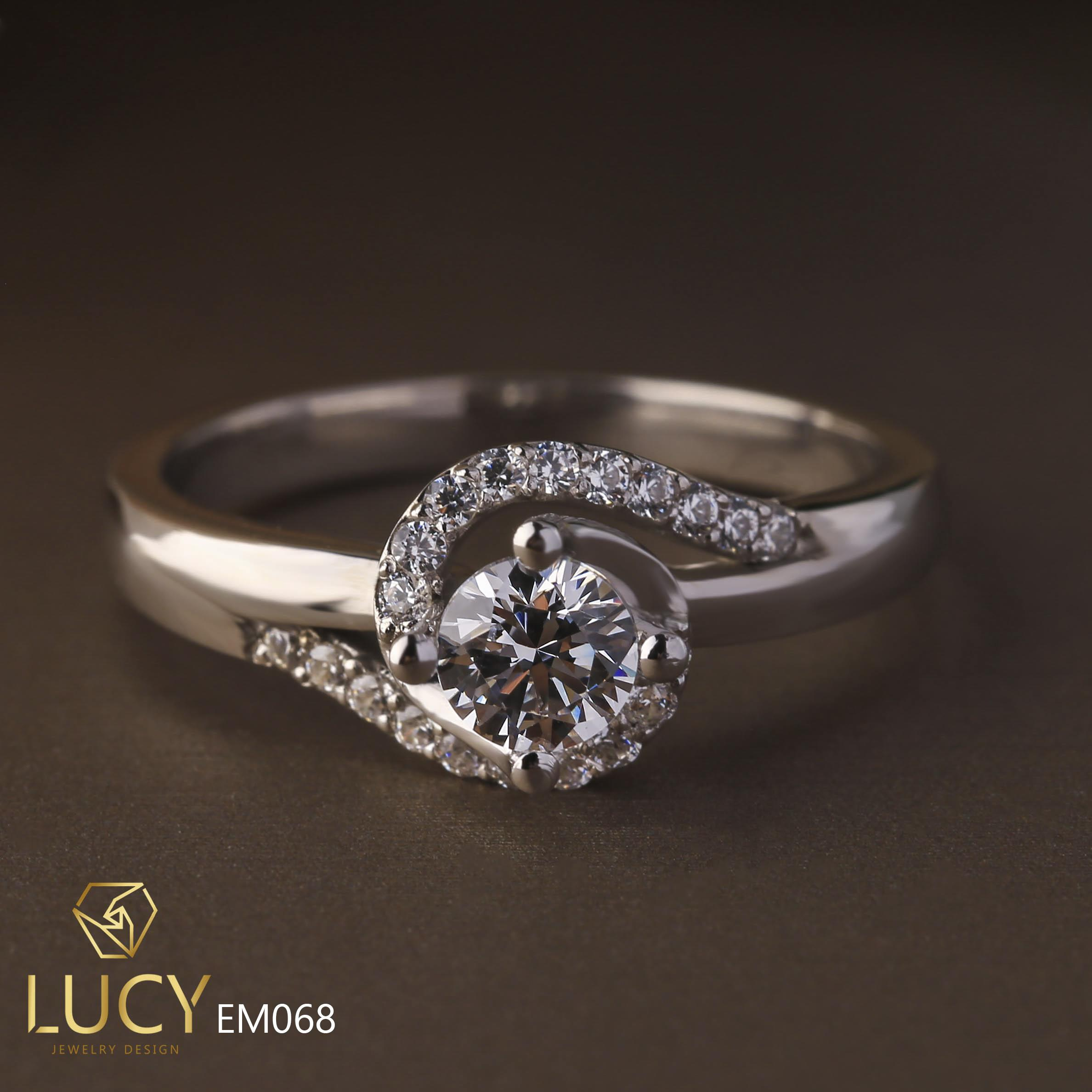 EM068 Nhẫn nữ vàng, nhẫn ổ kim cương 4.5mm, nhẫn nữ thiết kế, nhẫn cầu hôn, nhẫn đính hôn - Lucy Jewelry