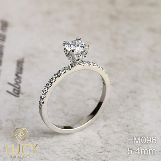 EM096 Nhẫn cầu hôn đính hôn, nhẫn vàng nữ, nhẫn ổ kim cương 5.2mm - Lucy Jewelry