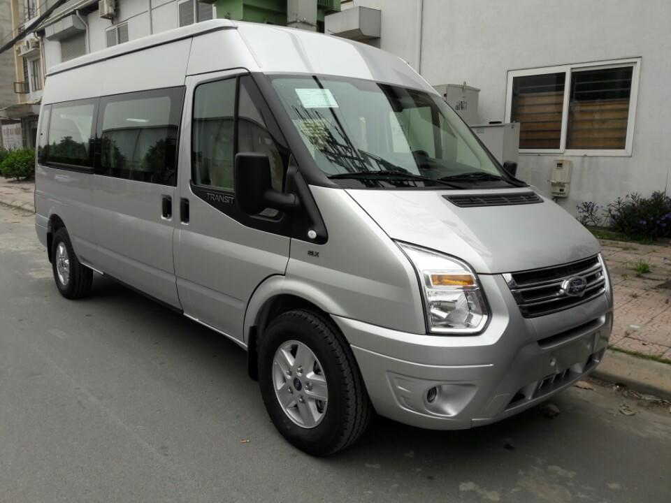 ford-transit-luxury-mau-bac