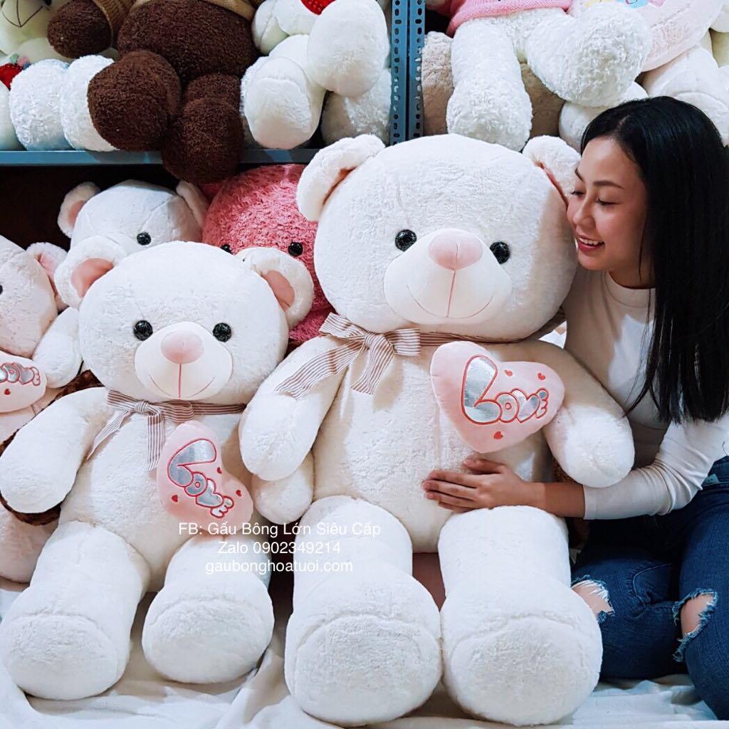 Gấu nhồi bông ôm tim tình yêu love màu trắng