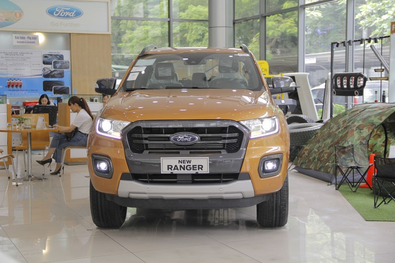 ford-ranger-wildtrak-2-0-at-4x2