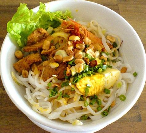 Mì Quảng 21 - 21 Thái Thị Bôi, Quận Thanh Khê