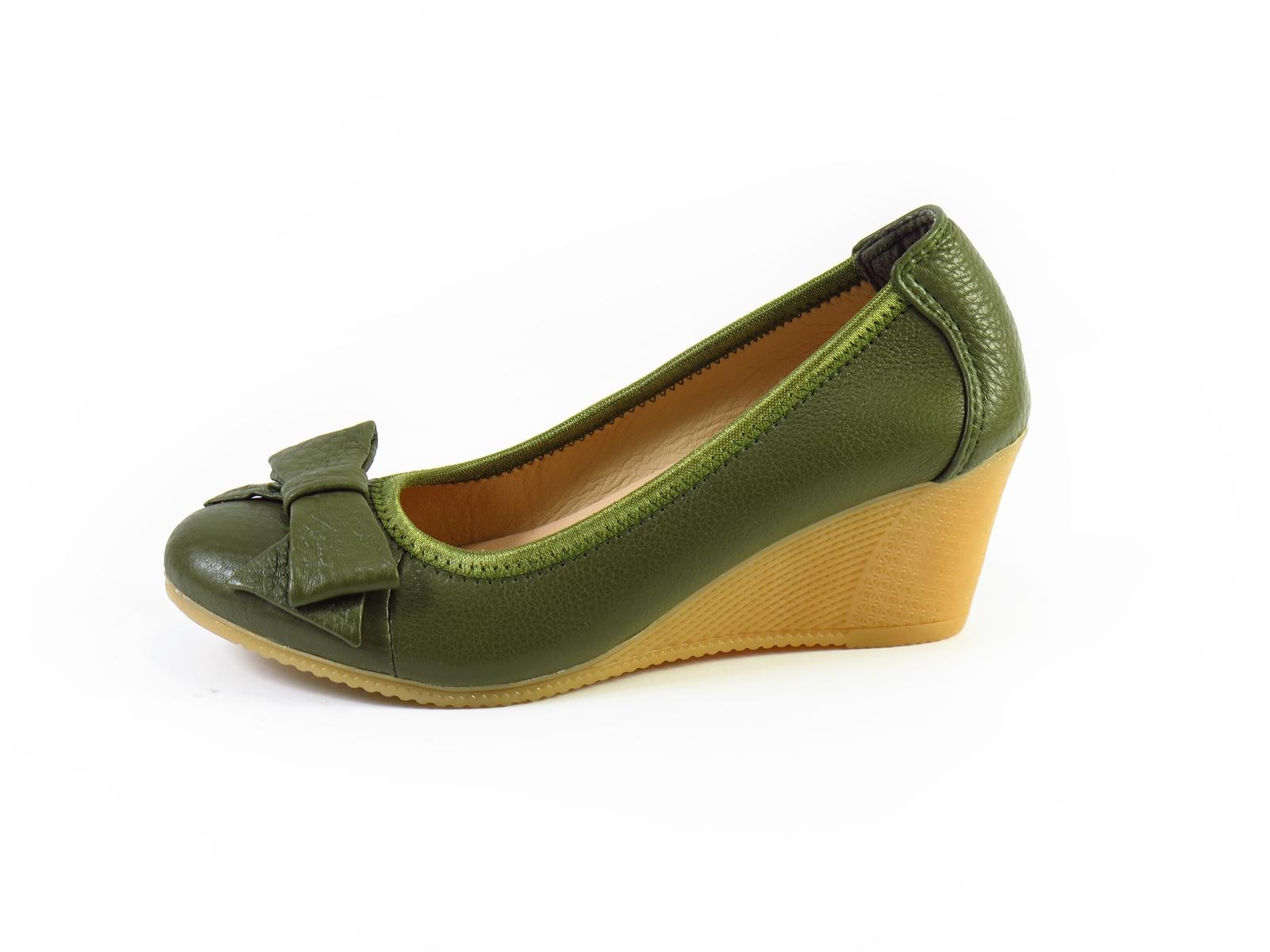 Giày đế xuồng da bò màu xanh rêu