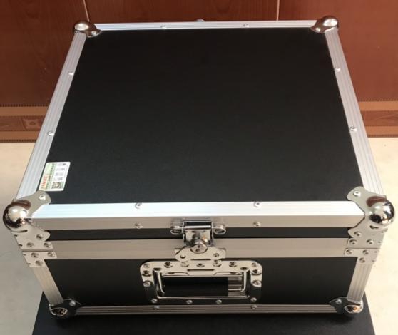 Bàn trộn âm liền bộ tạo Effects, EQ + thùng đựng AVL PMX-180