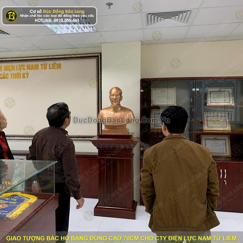 Giao tượng Bác Hồ bằng đồng 70cm cho Cty Điện Lực Nam Từ Liêm