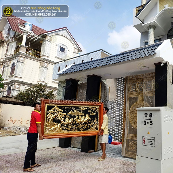 Lắp Đặt 2 Bức Tranh Bát Mã và Vinh Quy Bái Tổ cho khách Sài Gòn
