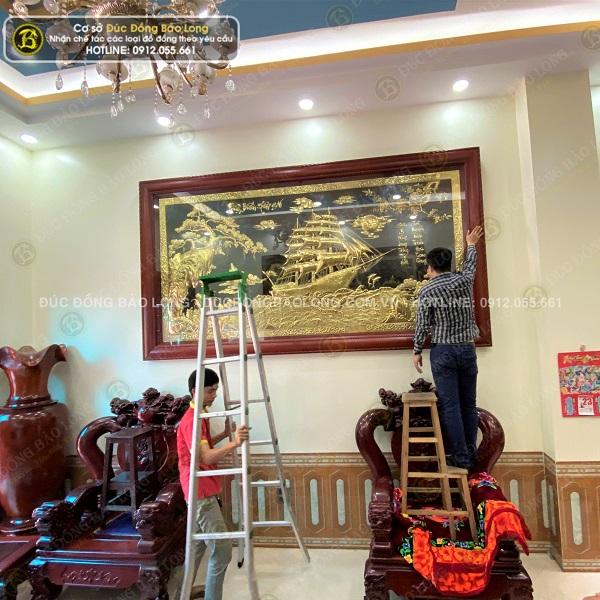 Lắp đặt tranh thuận buồm xuôi gió 3m21 x 1m76 cho khách tại Phú Thọ