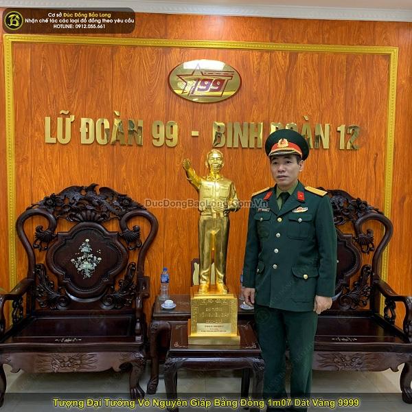 Tượng đại tướng Võ Nguyên Giáp bằng đồng 1m07 dát vàng 9999