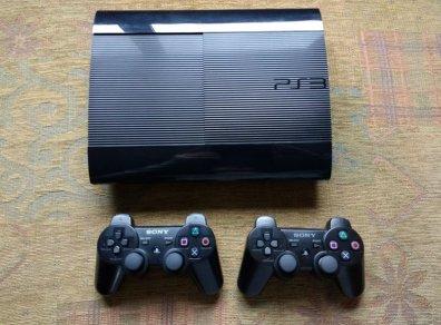 PS3 Super 4x 320G hack + 2 tay cầm (2nd)