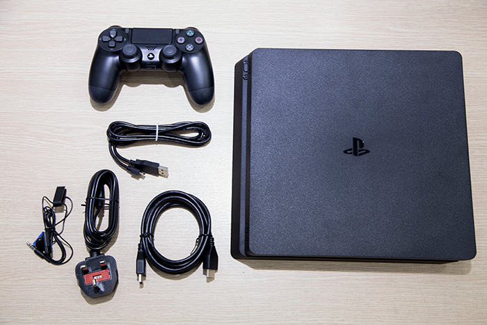 Máy PS4 Slim 1tb/Đen 99% Like new