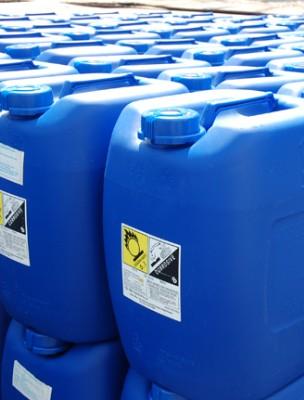 Hóa chất chống cáu cặn và ăn mòn hệ thống làm mát (Chiller) CN11