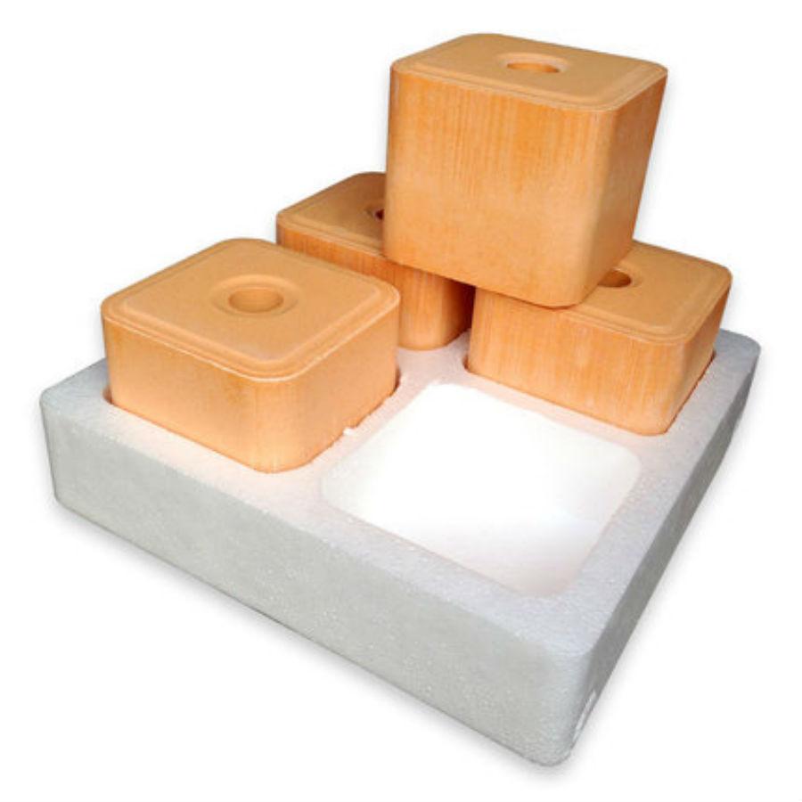 cung cấp đá liếm bổ sung khoáng chất vitamin cho gia súc.