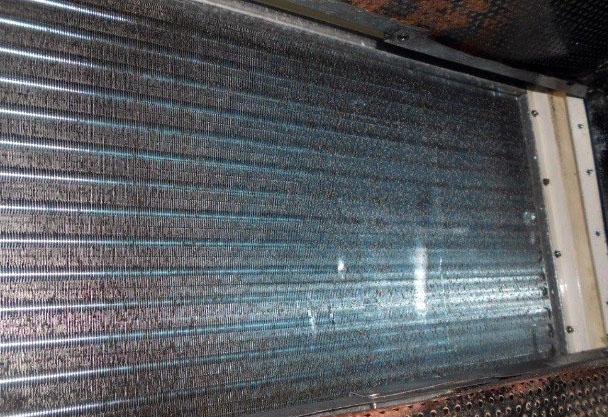 Tại sao phải bảo trì, sử dụng hoá  chất tẩy rửa máy lạnh, AHU, FCU