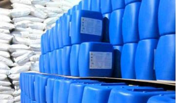 Hóa chất tẩy cáu cặn và rỉ sét hệ thống làm lạnh, trao đổi nhiệt chiller CL-100
