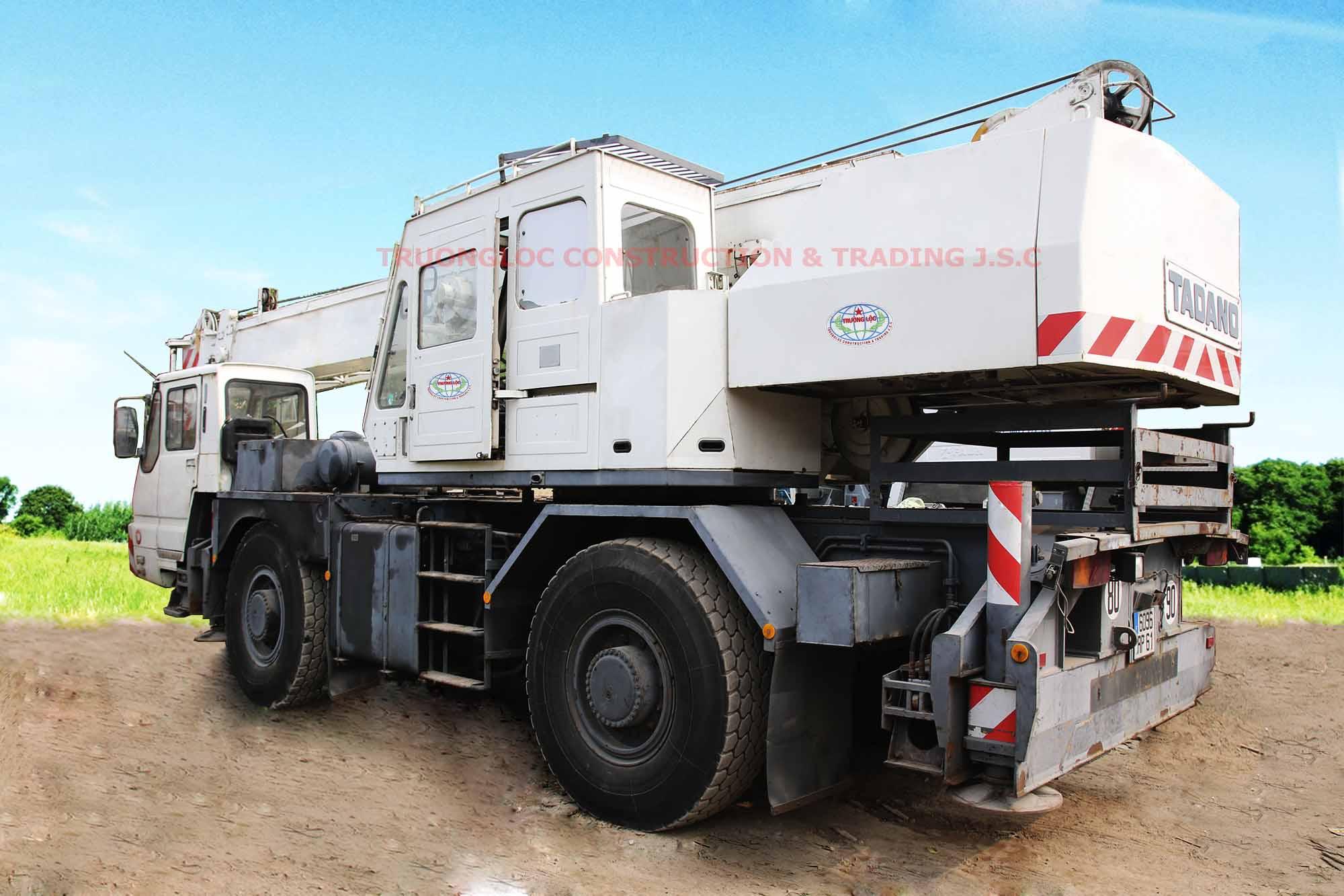 Tadano crane 25 tons