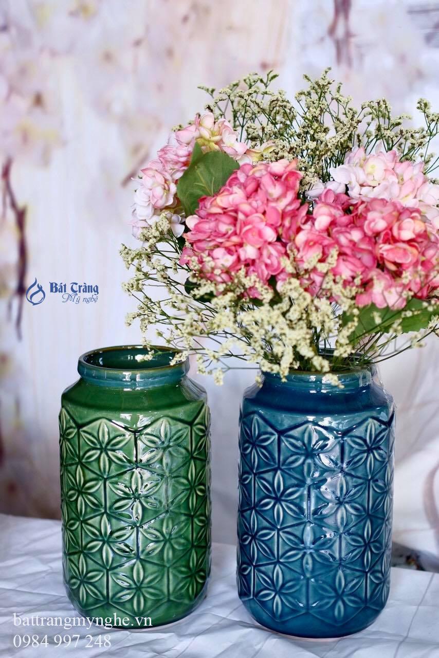 Bộ đôi lọ hoa khắc hoa văn dáng trụ men xanh