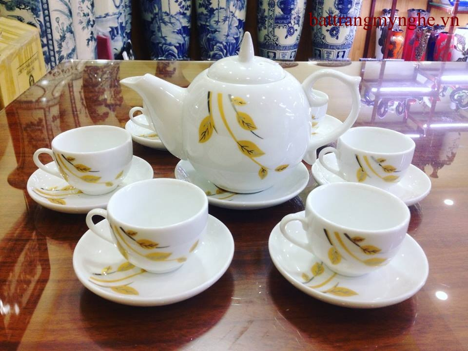 Bộ ấm trà lá trúc vàng kim