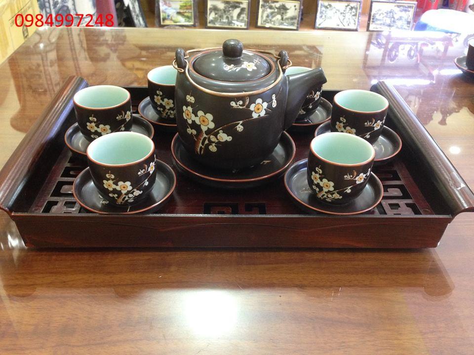 Bộ ấm trà dáng vại quai đồng