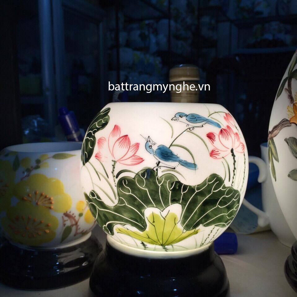 Đèn Xông Tinh Dầu Sứ Thấu Quang vẽ hoa sen và chim