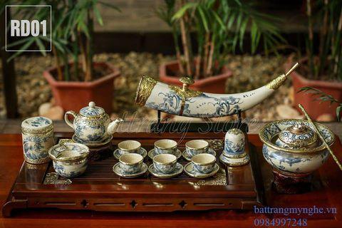 Bộ ấm chén dáng  quả hồng - đầy đủ phụ kiện kèm điếu bát và điếu ngà - men rạn cổ bọc đồng