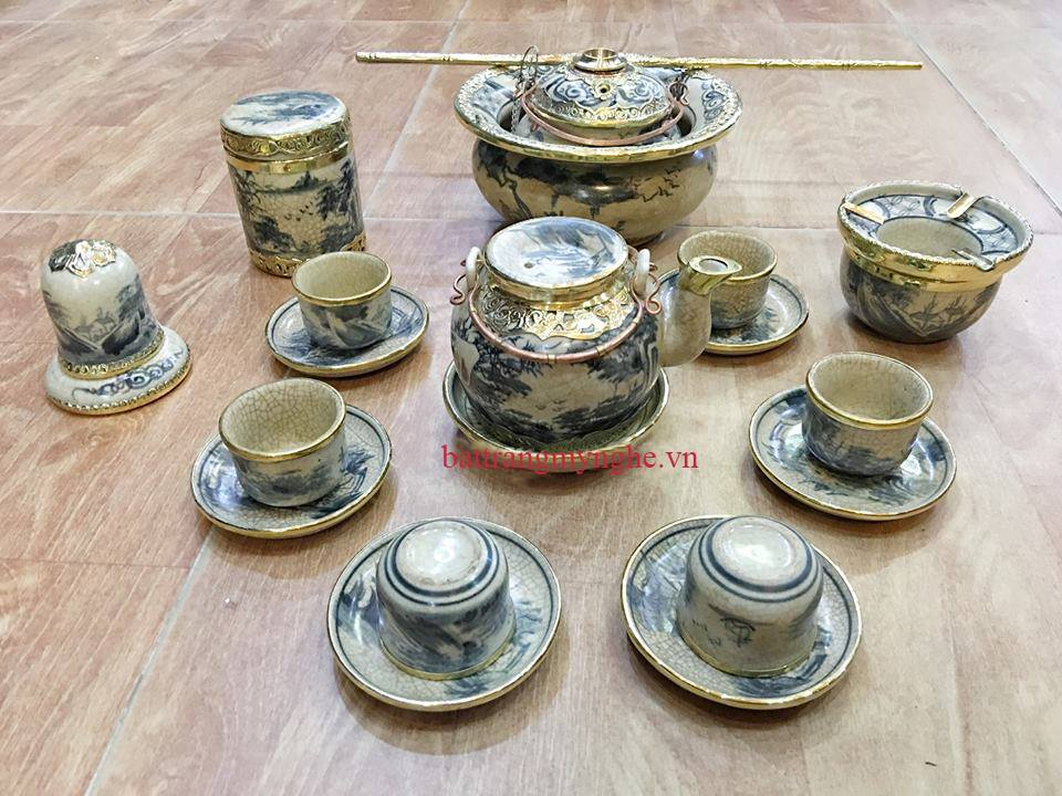 Bộ ấm chén dáng nắp lõm - đầy đủ phụ kiện và điếu bát - men rạn cổ bọc đồng