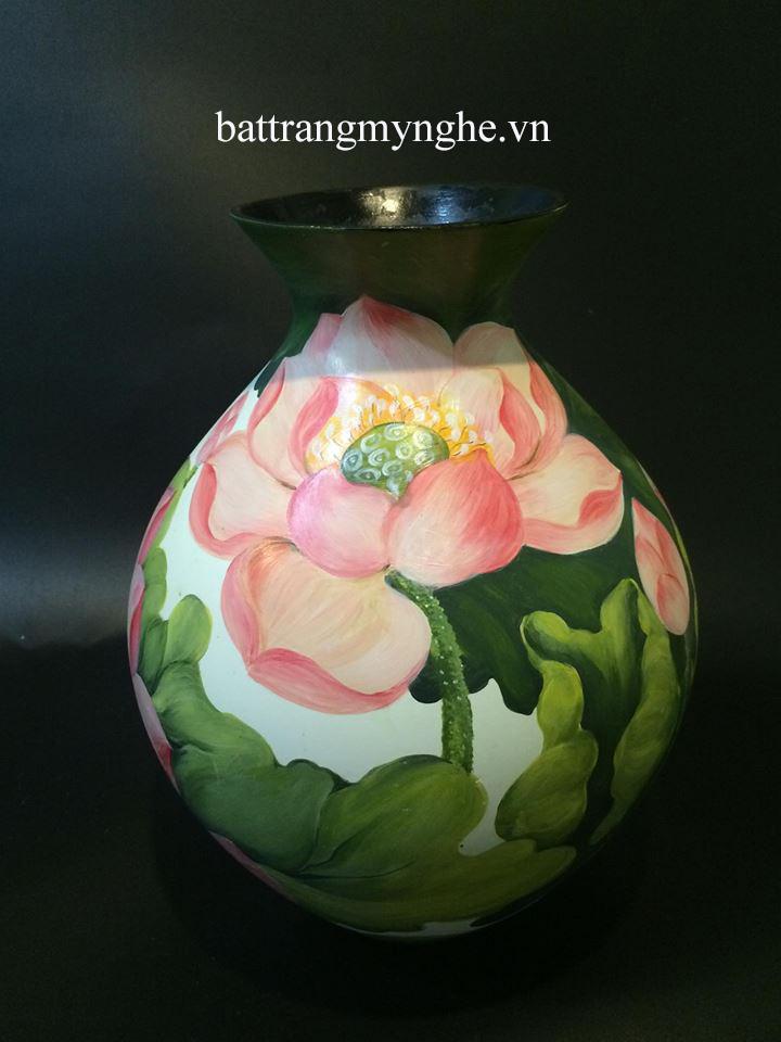 Lọ hoa cổ nhỏ vẽ hoa sen nở cao 35cm