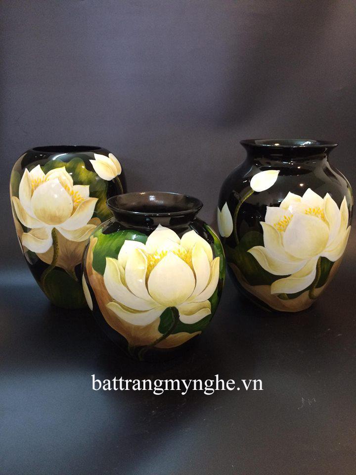 Lọ hoa cổ gập vẽ hoa sen cao 25cm