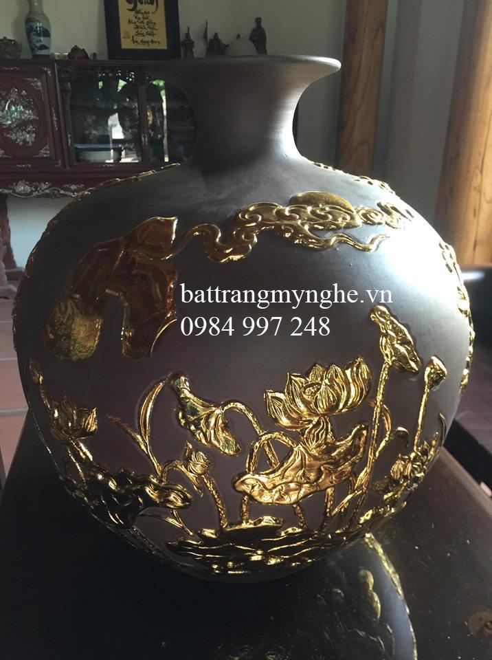 Bình hút tài lộc men đất dát vàng cao 36cm rộng 36cm