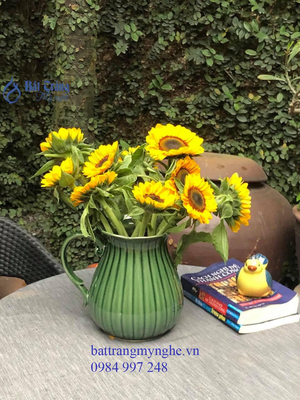 Bình hoa sữa miệng hoa men xanh