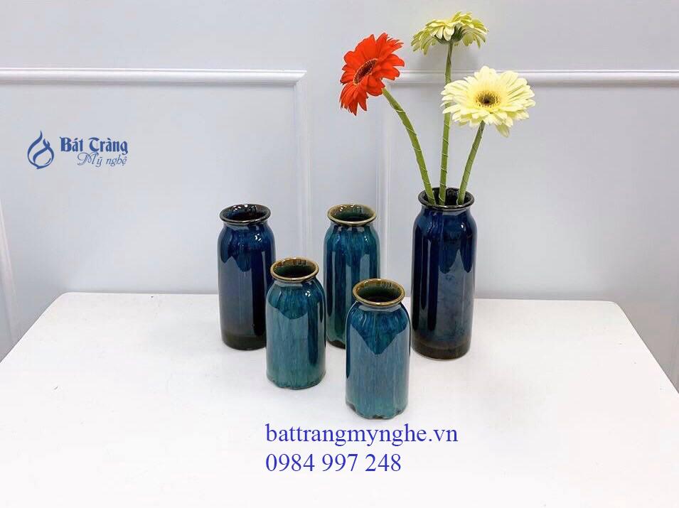 Bộ ba lọ hoa dáng trụ men xanh