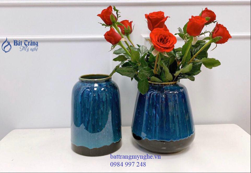 Lọ hoa dáng trụ men xanh