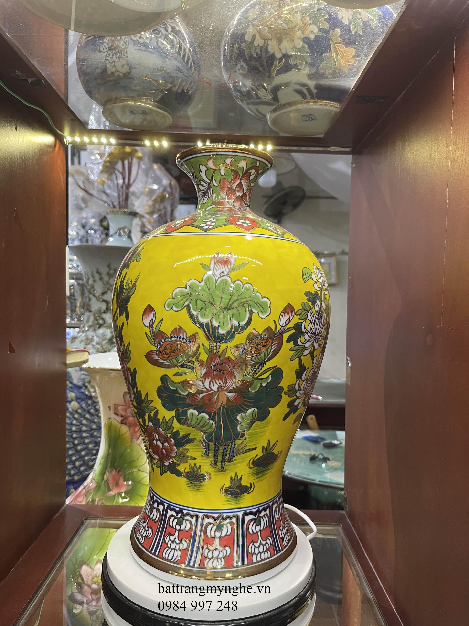 Mai bình men vàng- vẽ khổng tước - cao 45cm