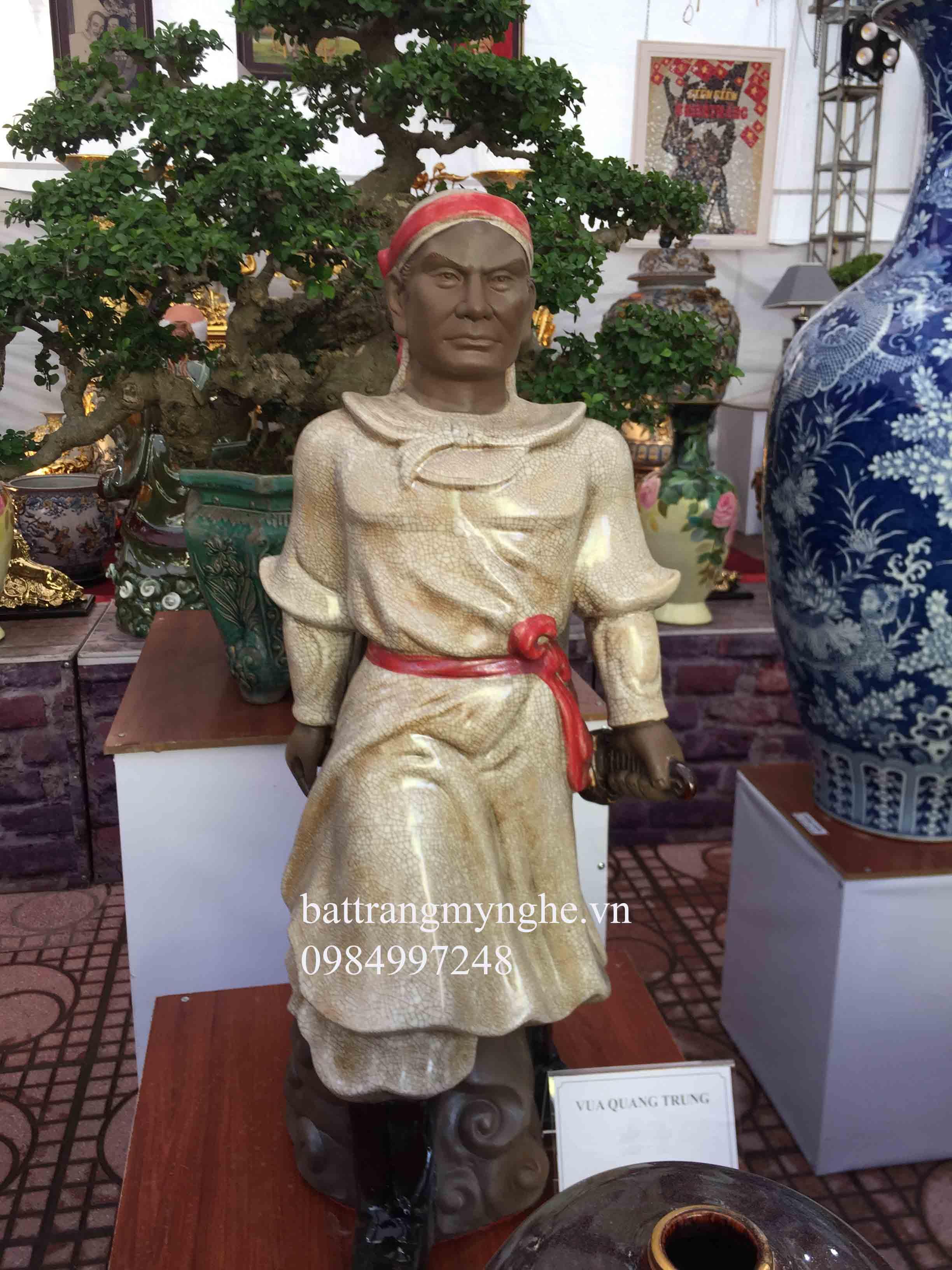 Tượng vua Quang Trung men rạn cao 86cm