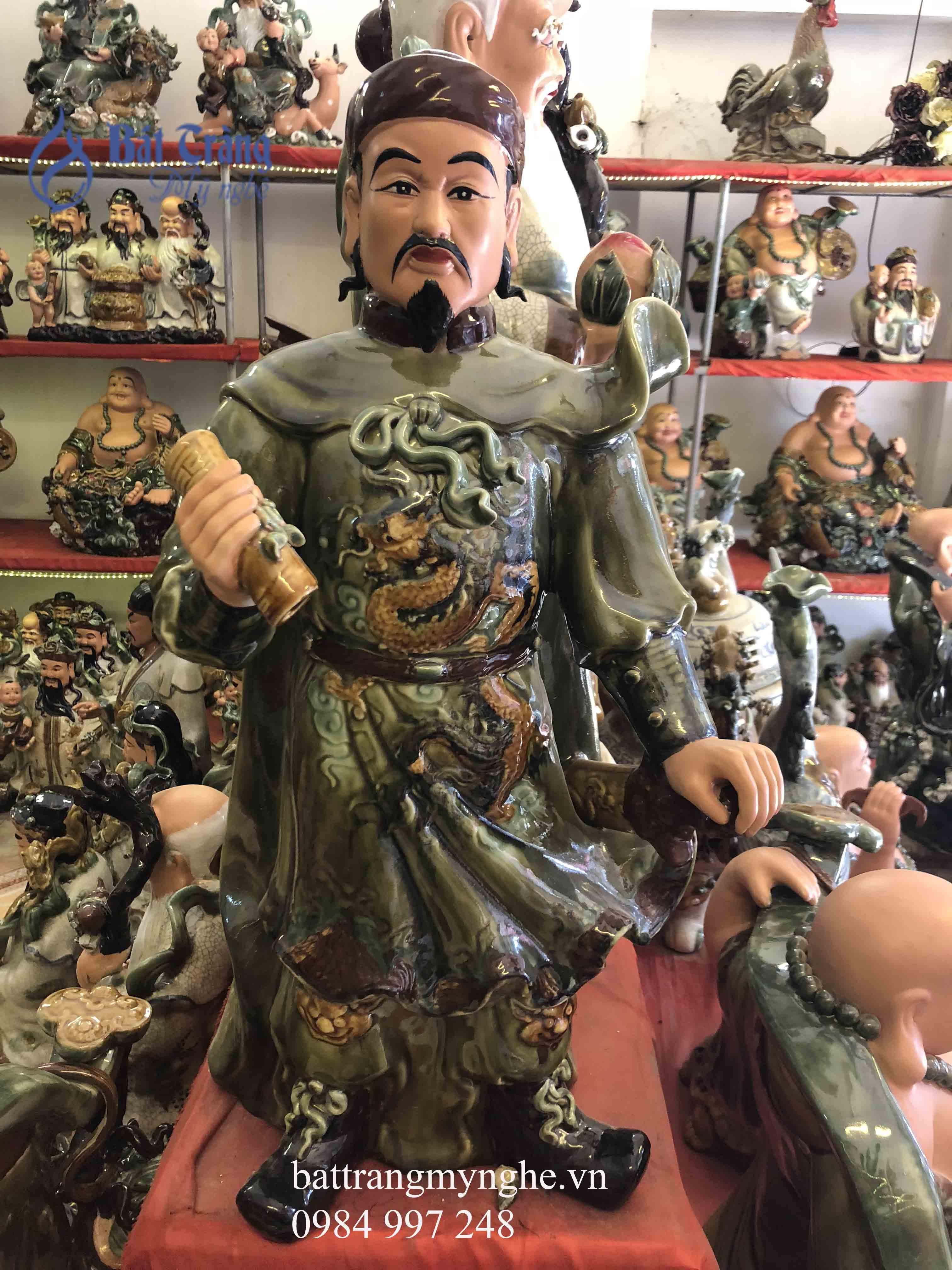 Tượng Trần Hưng Đạo cao 65cm men xanh