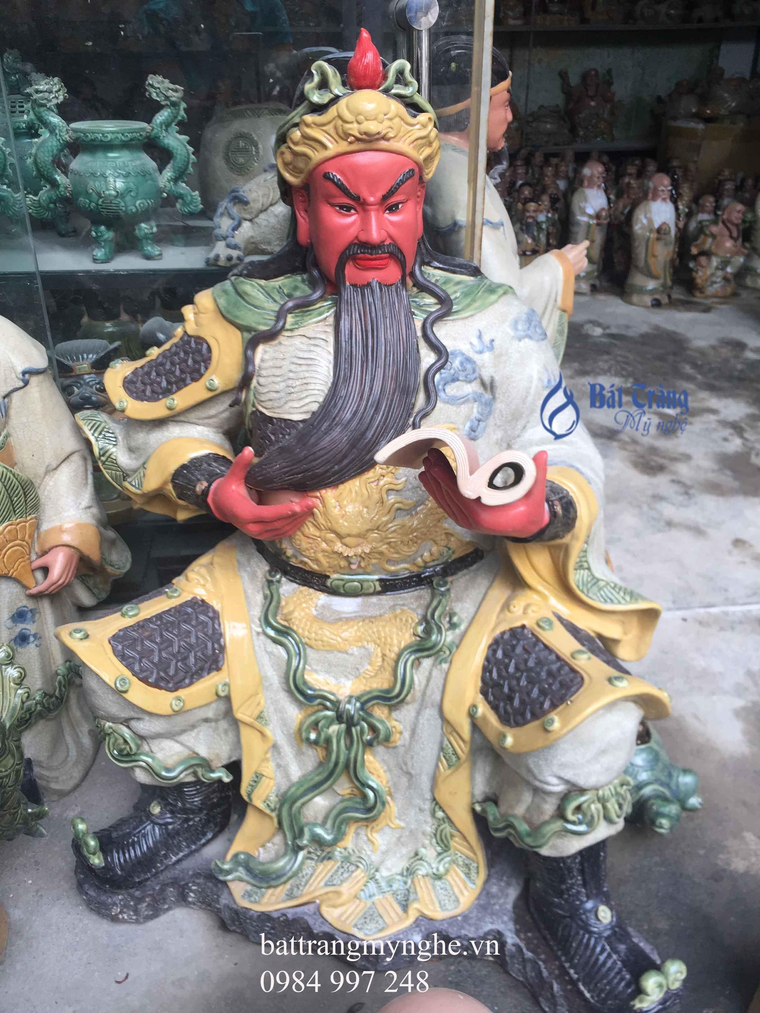 Tượng Quan Công men rạn cao 90cm ngồi đọc sách
