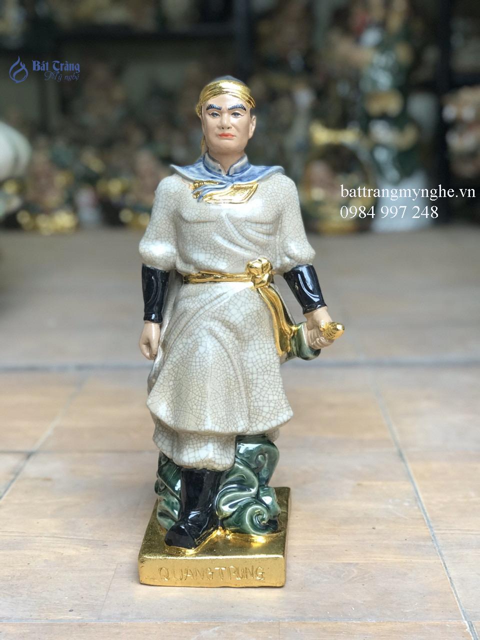 Tượng Quang Trung dát vàng men rạn cao 40cm