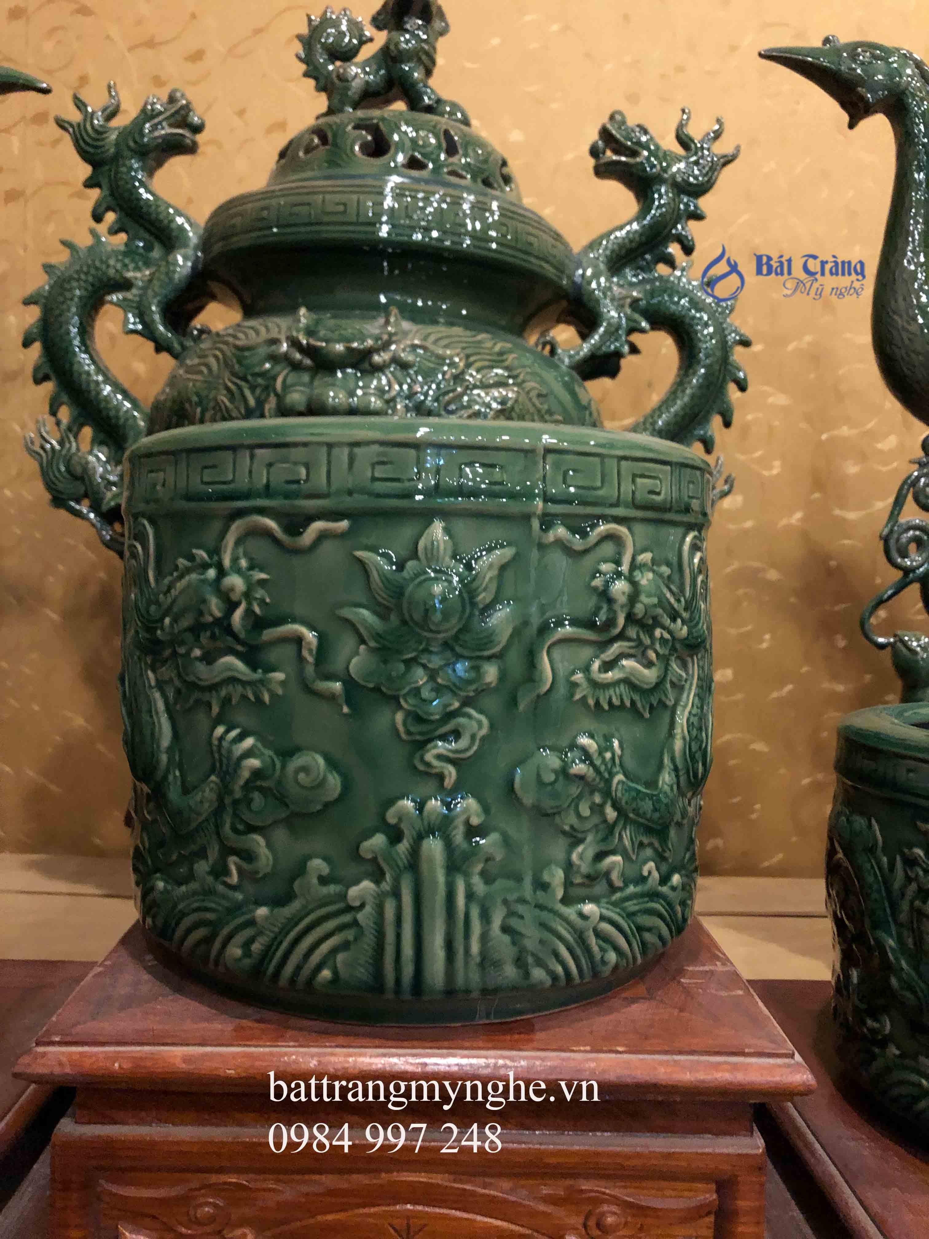 Bộ đồ thờ men xanh đắp nổi cao cấp (không bao gồm đỉnh hạc)