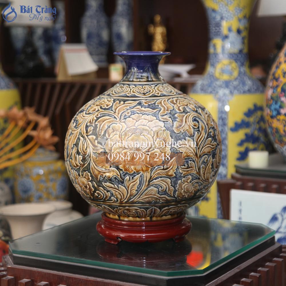 Bình hút tài lộc khắc hoa dây - cao 38cm, rộng 35cm