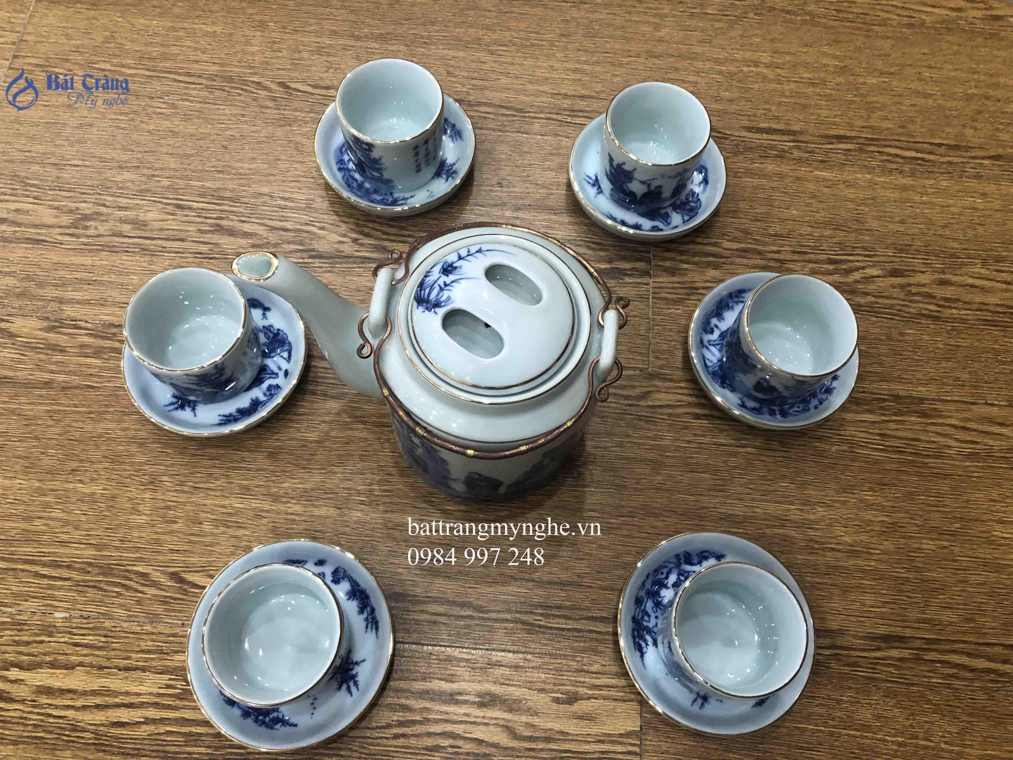 Bộ ấm trà men chàm cổ dáng tích nhỏ quai đồng vẽ trúc lâm thất hiền 0.8l kẻ chỉ vàng kim