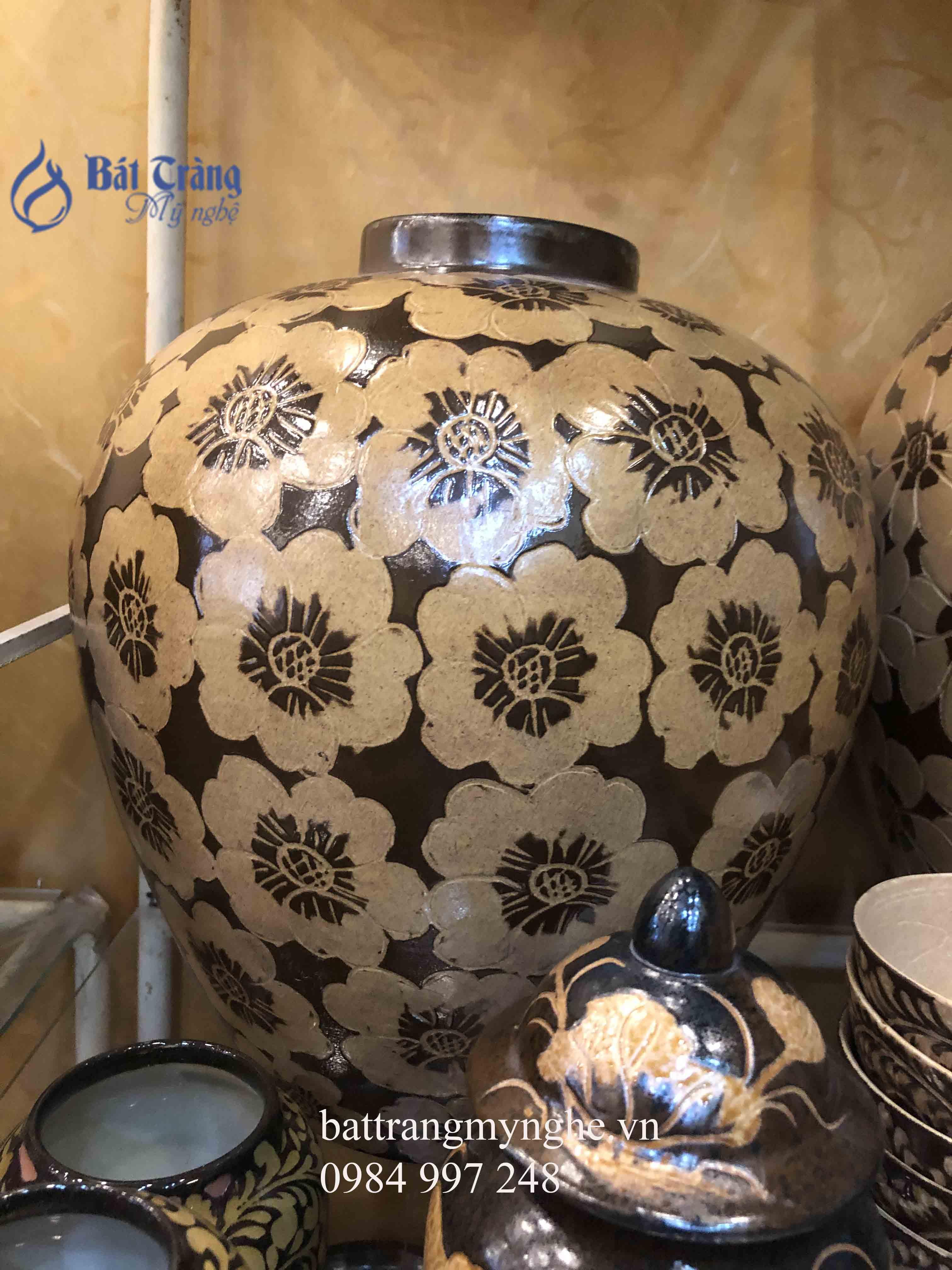 Lọ hoa cổ nhỏ khắc hoa men nâu cao 35cm
