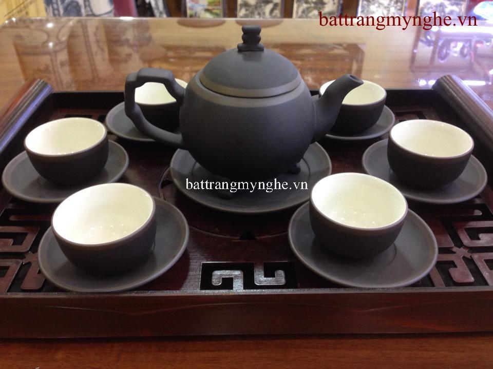 Bộ trà gốm chỉ bạc ba chân