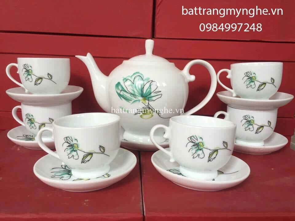 Bộ ấm trà Bát Tràng dáng cameria vẽ cúc xanh