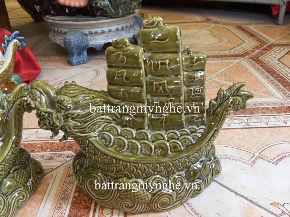 Tượng rồng cõng tiền tài - men xanh ngọc - cao 25 cm - dài 45 cm