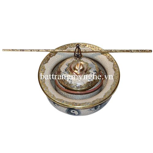 Điếu bát bọc đồng hàng kỹ vẽ tay - Lưỡng long tranh châu - men rạn cổ - đường kính 20 cm