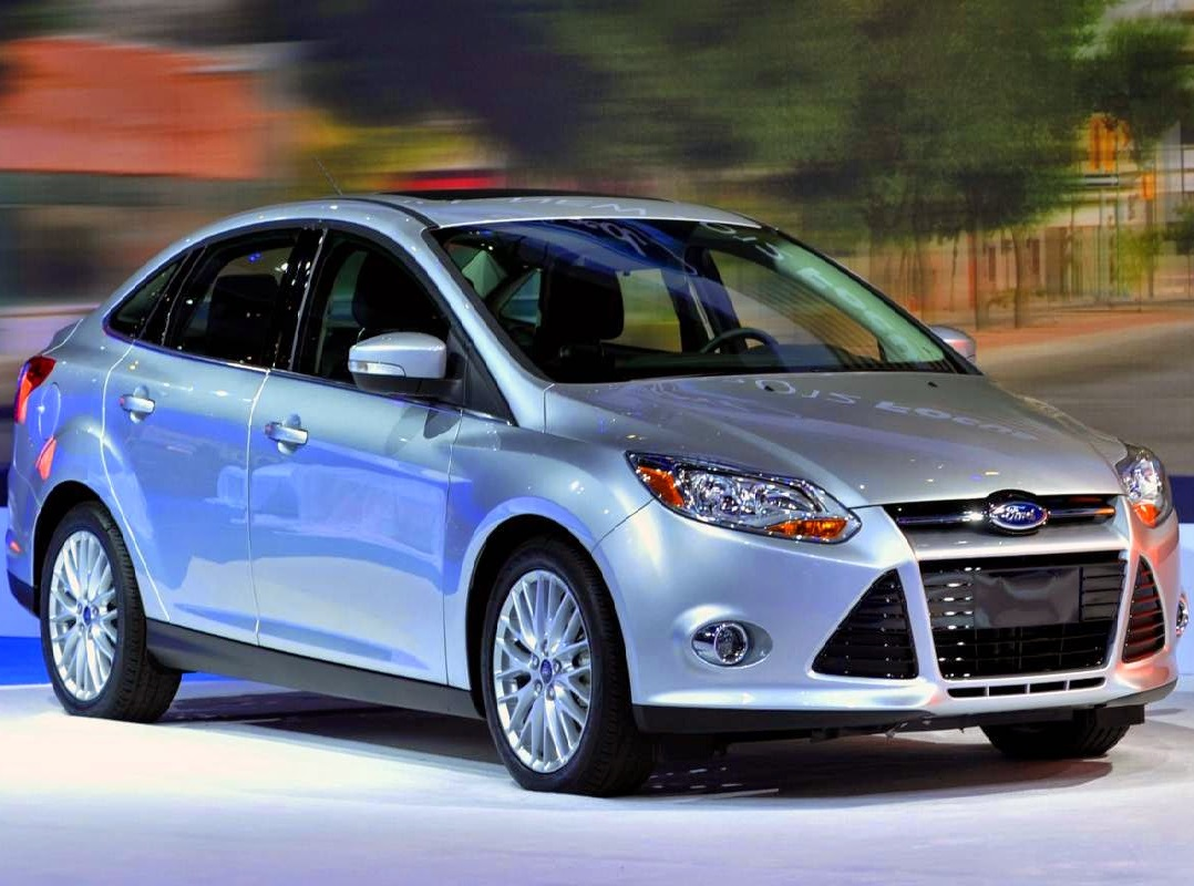 Ford Focus 1.6L 4 cửa Trend 6PS