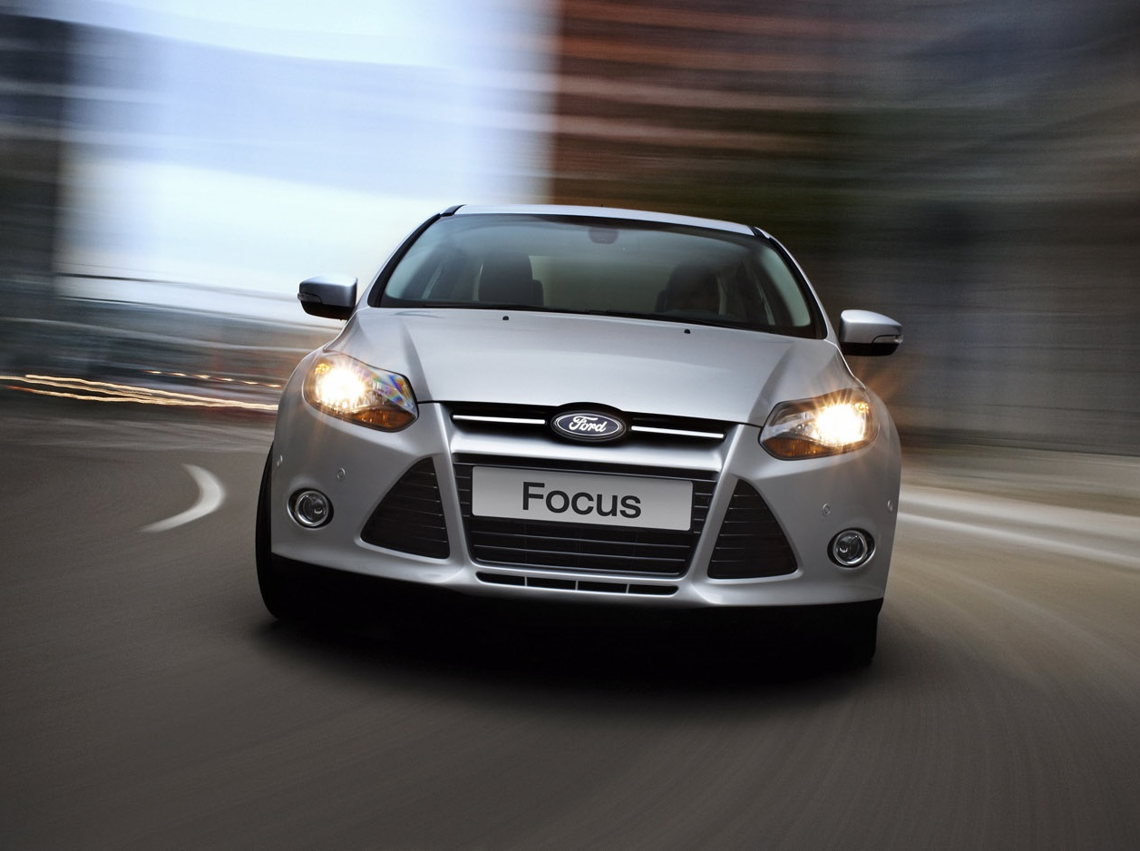 Ford Focus 1.6L 5 cửa Trend 6PS