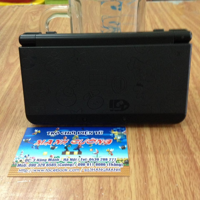New 3DS Super Mario Black Edition US, thẻ 32gb--HẾT HÀNG